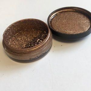 MAC COSMETICS Bronzescape LE solar bits pigment